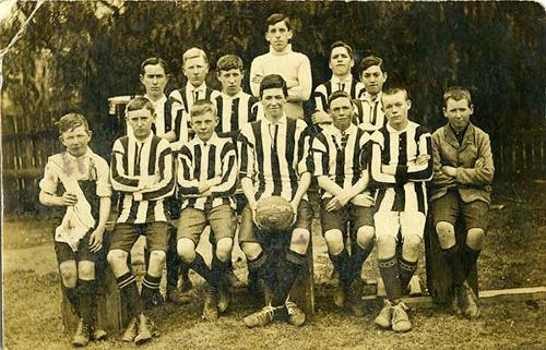 Weston Magpies Soccer Team, 1915