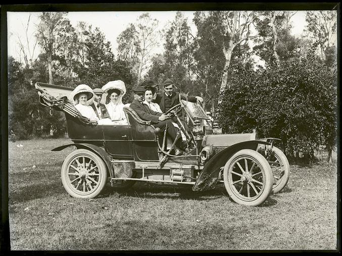 Mr A Noble's car, New Lambton, 9 November 1908