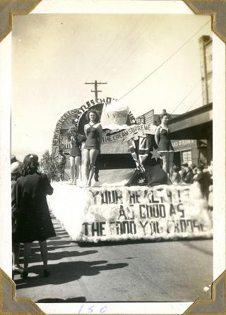 Parade featuring Victor ice cream during 150th Celebrations of 1797 European Discovery of Newcastle, 1947