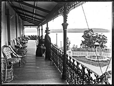 Balcony of the Toronto Hotel, Toronto, NSW, 19 September 1900. From the Ralph Snowball/Norm Barney collection University of Newcastle, Cultural Collections. This hotel was built on the original site of Threlkeld's Ebenezer mission.